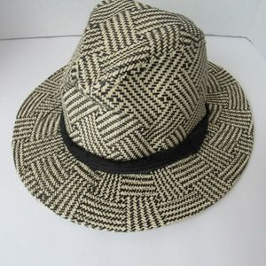 Accessories - NWT Adjustable Band Paper Hat Tan/Black